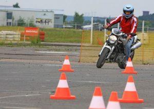Пройти курсы вождения мотоцикла в Одессе, обучение вождению мотоцикла